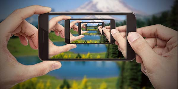 La cámara de fotos de un smartphone